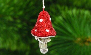 Vissenākie eglīšu rotājumi – mušmires jeb kas senajam Ziemsvētku vecītim maisā?