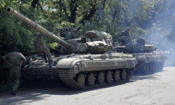 Ieroču un kaujinieku plūsma no Krievijas uz Austrumukrainu nav mazinājusies, paziņo ANO