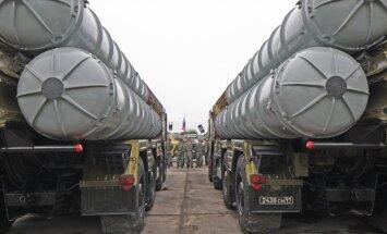 Krievija piedāvājusi Irānai modernas zeme-gaiss raķetes
