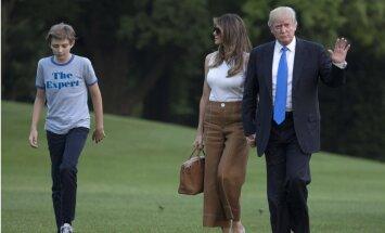 Melānija Trampa ar dēlu beidzot ievācas Baltajā namā