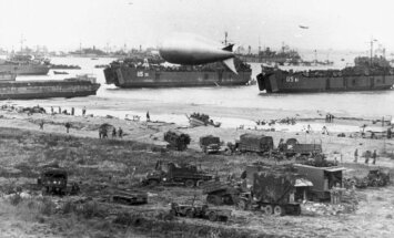 Veterāni un pasaules līderi Francijā atzīmē Normandijas desanta 70.gadadienu