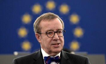 Бутики, спа и чаевые. Экс-президент Эстонии Ильвес оказался в центре скандала