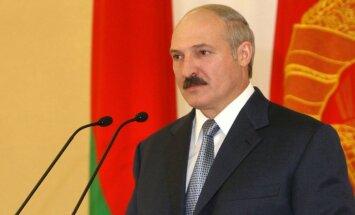 Lukašenko par Lietuvas iebildumiem pret Baltkrievijas AES: kur gribēsim, tur būvēsim