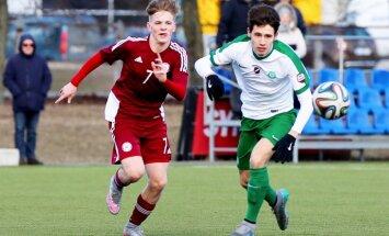 Foto: Latvijas U-19 futbolisti pārbaudes spēlē zaudē 'Metta'/LU