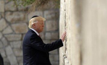 Raudu mūra dzelzceļa staciju Jeruzalemē nosauks Trampa vārdā