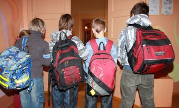 Liepājā divās skolās īstenos projektu skolēnu sociālās atstumtības mazināšanai