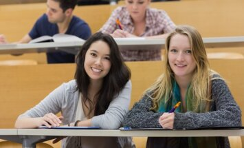 В Латвии будущие студенты при выборе вуза смогут узнать, сколько зарабатывают его выпускники