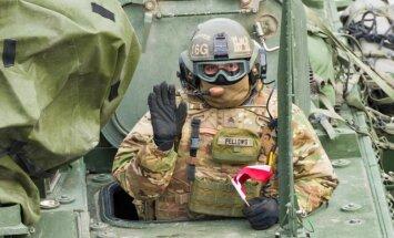 Grūdiens militārajai industrijai: plāno stiprināt Latvijas uzņēmēju spējas ražot armijas aprīkojumu