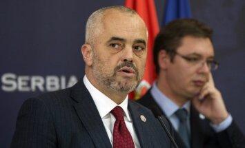 EK pieprasa Albānijai nejaukties kaimiņvalstu lietās