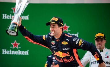 Риккардо неожиданно выиграл Гран-при Китая, Феттель лишь восьмой