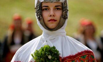 Суперсложный ТЕСТ: угадай страну по традиционному свадебному наряду!