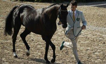 Kā olimpiskie zirgi biznesa klasē lidoja uz Rio