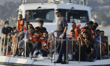 ЕК предлагает выделять за каждого перемещенного беженца 10 тысяч евро