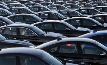 В Латвии продано почти 860 автомобилей класса люкс