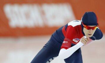 Čehiete Sabļikova ātrāka par nīderlandietēm 5000 metru ātrslidošanā