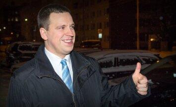 Igauņu premjera kandidāts skaidro, ka viņa partijas un 'Vienotās Krievijas' līgums ir iesaldēts