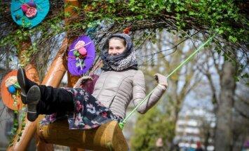 Lieldienu laikā Siguldā varēs šūpoties 100 dažādās šūpolēs