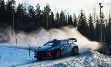 Beļģu braucējs Nevils atkal izstājas no WRC posma, atrodoties līderpozīcijā
