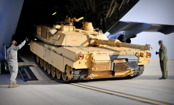 Austrumeiropā izvietos ASV tankus un bruņutransportierus; Latvijā gaidāmi 'M1 Abrams'