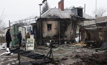 Krievijas teroristi naktī ar 'Grad' apšaudījuši Mariupoles pievārtē esošo Sartanu