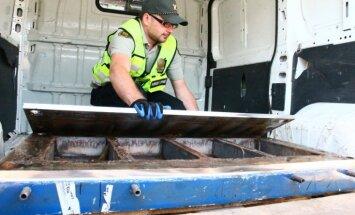 Foto: Lietuvas muitnieki uziet 610 kilogramus kokaīna