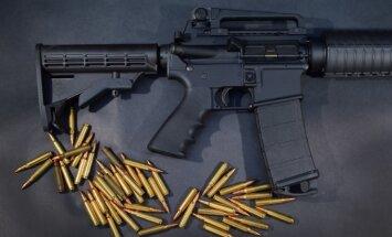 Orlando slaktiņš: Kas ir ASV masu slepkavību ierocis AR-15