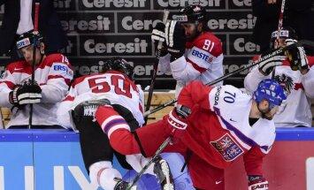 Video: Austrija pirms spēles ar Latviju nespēj iemest čehiem