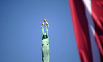 Эксперт: латышей и русских может сплотить принадлежность к Европе