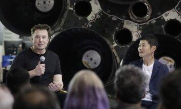 Japāņu miljardieris Maezava kļūs par pirmo tūristu-Mēness aplidotāju