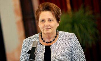 Latvija nav no pielaidīgākajām valstīm ekonomisko sankciju piemērošanā Krievijai, norāda Straujuma