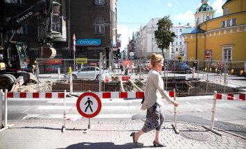Рижская дума: мы вынуждены признать, что ремонт центральных улиц Риги не завершат вовремя