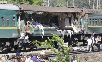 Piemaskavā divu vilcienu sadursmē bojā gājuši pieci cilvēki