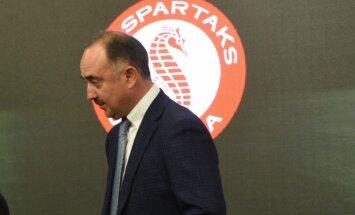 'Spartaks' galvenais treneris Babajans nevar trenēt virslīgā