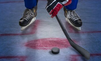 Šveices otrās līgas hokeja mačā sasniedz jaunu pasaules rekordu 'bullīšos'