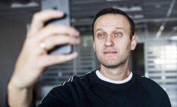 Opozicionārs Navaļnijs atbrīvots no administratīvā aresta