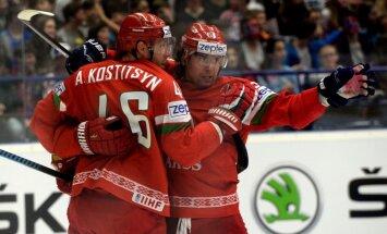 Baltkrievija ar trim 'goliem' vairākumā nodrošina vietu PČ ceturtdaļfinālā