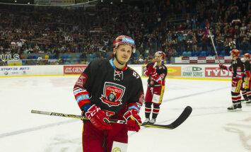 Latvijas hokejistiem kopā septiņi punkti divos Čehijas čempionāta mačos