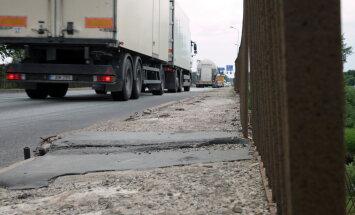 Matīss: kritums kravu pārvadāšanā caur Latvijas tranzītceļiem nav gaidāms