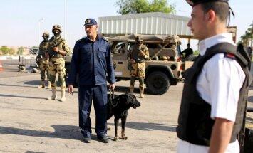 В Египте при нападении боевиков погибли семеро военнослужащих