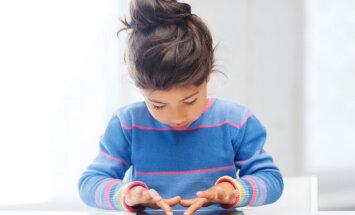 Kā noteikt, ka bērnam ir datoratkarība?