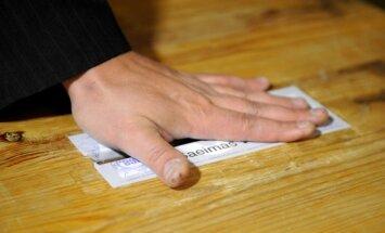 Trīs dienās 12.Saeimas vēlēšanās balsi glabāšanā nodevis 30 371 pilsonis