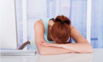 Mūžīgi neizgulējies: pazīmes, kas norāda – miega trūkums jau pārvērties par problēmu