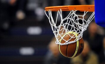 Spānijas U-16 izlases basketbolisti dramatiskā spēlē izcīna Eiropas čempionu titulu