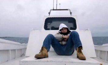 Berlīnes kinofestivāla 'Zelta lāci' saņem filma par bēgļiem 'Uguns jūrā'