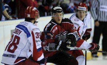 Latvijas hokeja izlase arī otrajā pārbaudes spēlē zaudē Krievijas otrajai valstsvienībai