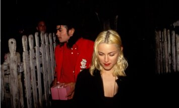 Versija no pagātnes: kaila Madonna Maiklam Džeksonam radījusi seksuālu traumu
