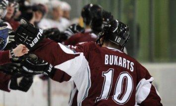 Rihards Bukarts ECHL spēlē gūst pirmo 'hat-trick' profesionālajā karjerā