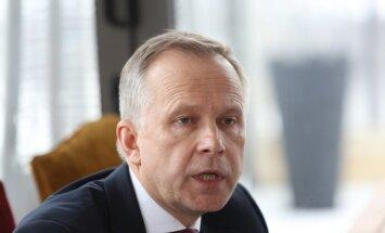 Суд не отменил меры пресечения в отношении президента Банка Латвии Римшевича