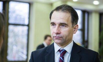 Литовский министр: Латвия блокирует пассажирские перевозки в Даугавпилс, возможно, из-за Реньге