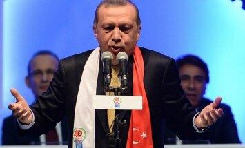 """""""Извиняться нужно России, а не нам"""". Президент Турции заявил, что Су-24 сбили заслуженно"""
